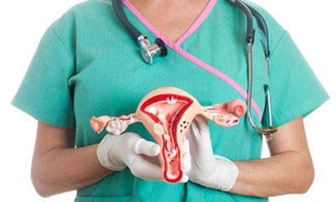 اینفوگرافی: ۴ داروی طبیعی شگفت انگیز برای درمان کیست تخمدان