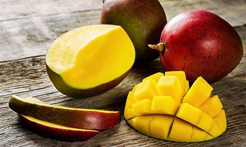 اینفوگرافی: ۱۰ فایده بی نظیر میوه انبه